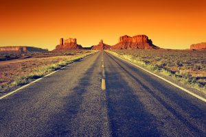 lange Strasse im Monument Valley